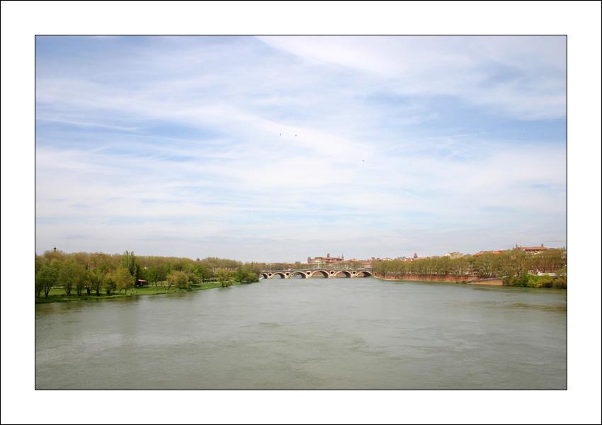 http://ceyquem.free.fr/hfr/pont_neuf.jpg